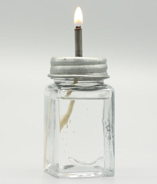 Fotogenlampa som liknar en glasburk